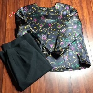 Tops - Black Design Blouse NWOT G1